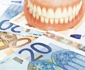 Reikia pagalbos mokant už dantų protezus?